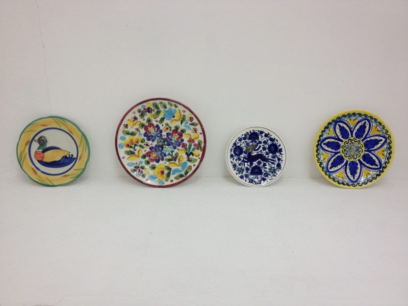 Zoë Claire Miller, Commemorative Plates for the Euro Crisis, 2013<br />